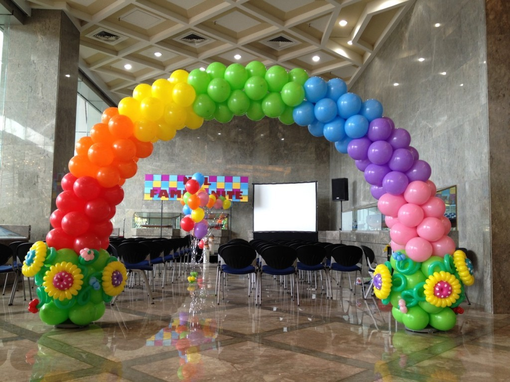 Balloon-Rainbow-Arch