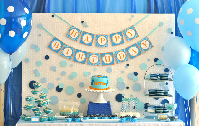 full decoration package with backdrop