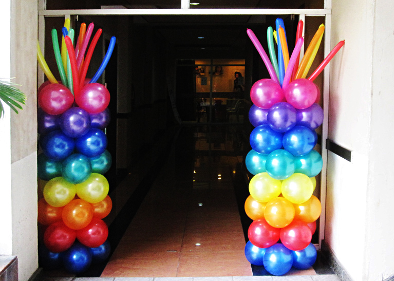 rainbow columns balloon decoration