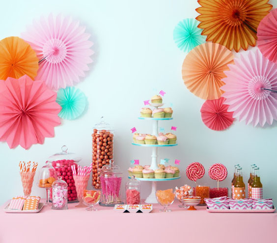 floral fantasy dessert table