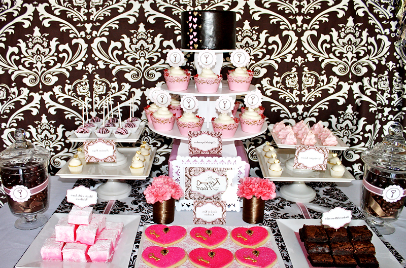 key-to-my-heart-dessert-table-pink-brown
