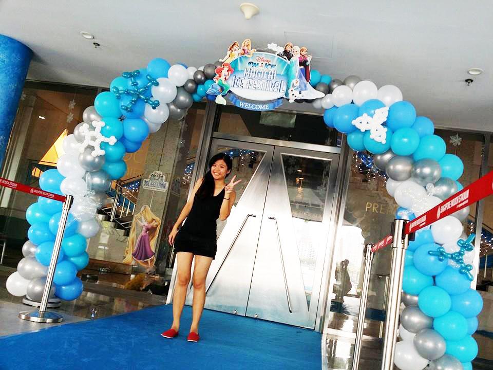 Disney on ice balloon arch