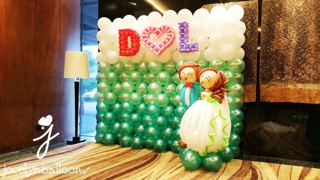 wedding-balloon-backdrop for photobooth