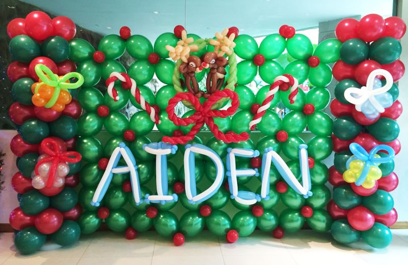aiden and christmas balloon backdrop